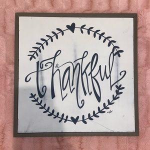 """Thankful"" wooden decor sign"